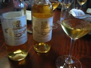 EAT DRINK – Sweet wine for Thanksgiving…seriously!
