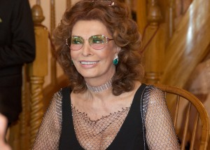 Sophia Loren Brings the Stars Out in Napa Valley
