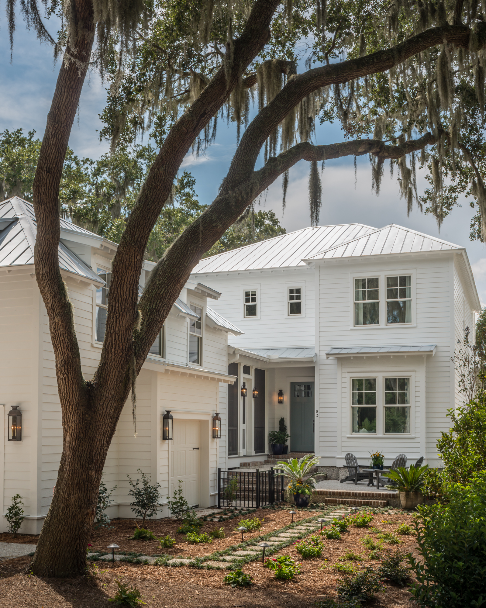 Bringing wine country living to south carolina 39 s for Low country homes